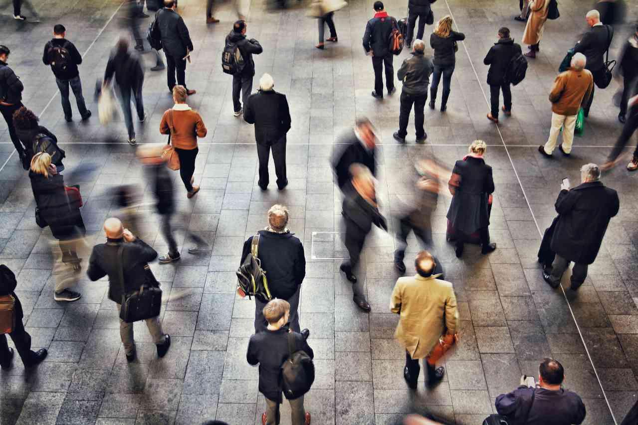 一人暮らしの通勤時間は、短い・長いどっちが得か?