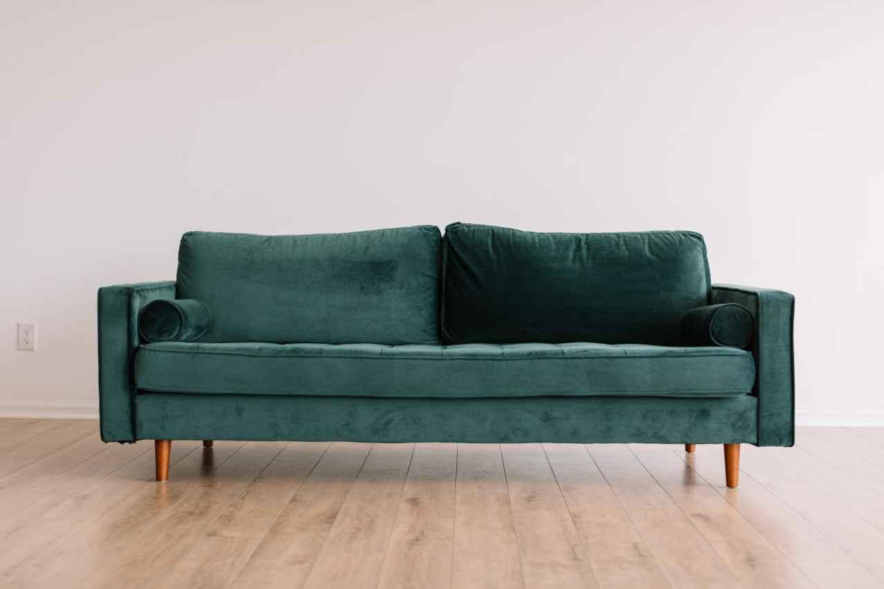 一人暮らしにソファが必要あるか?【結論:必要ないです】