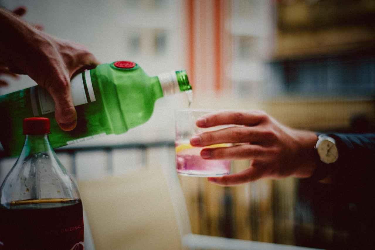 会社の飲み会は無駄です【理由を解説】