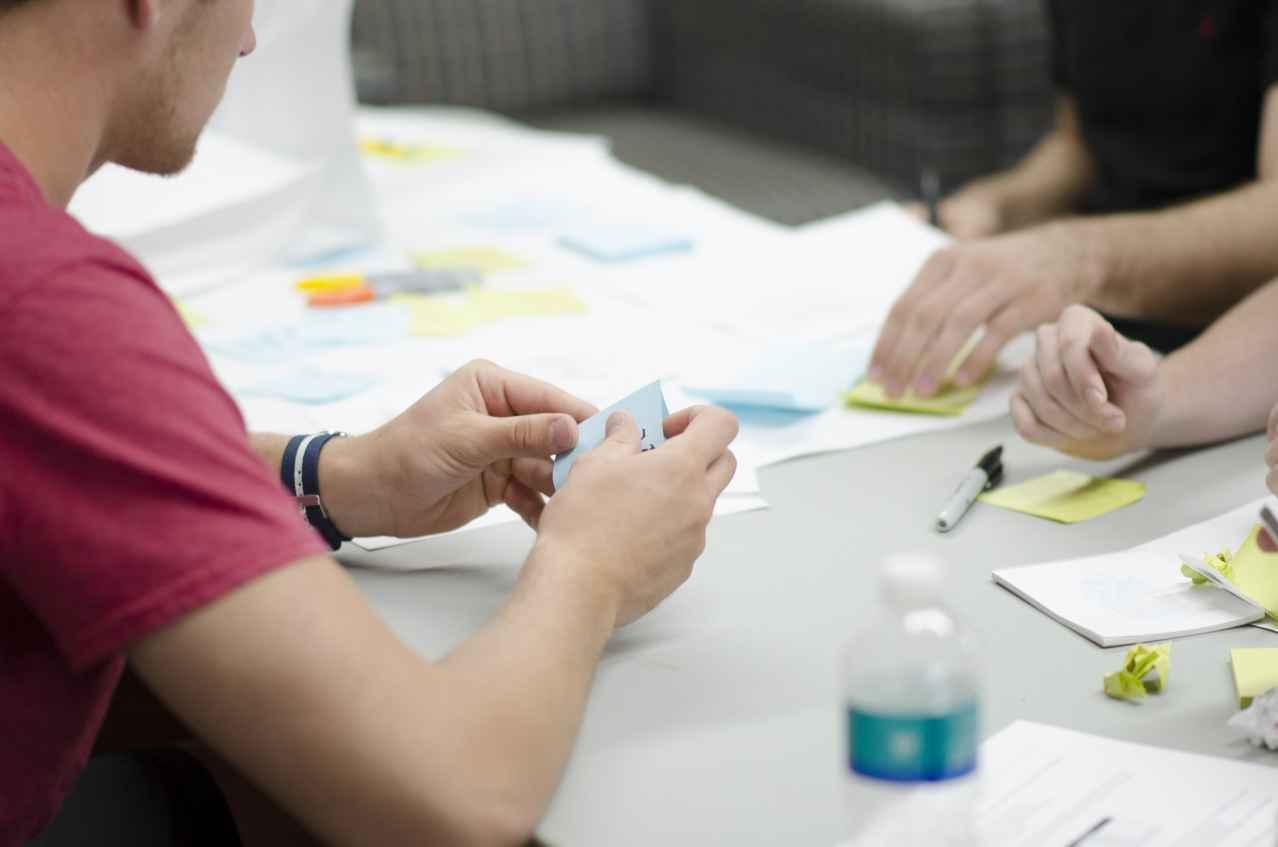 仕事の会議を減らす方法