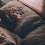 一人暮らしで寝坊をする原因【解決方法も紹介】