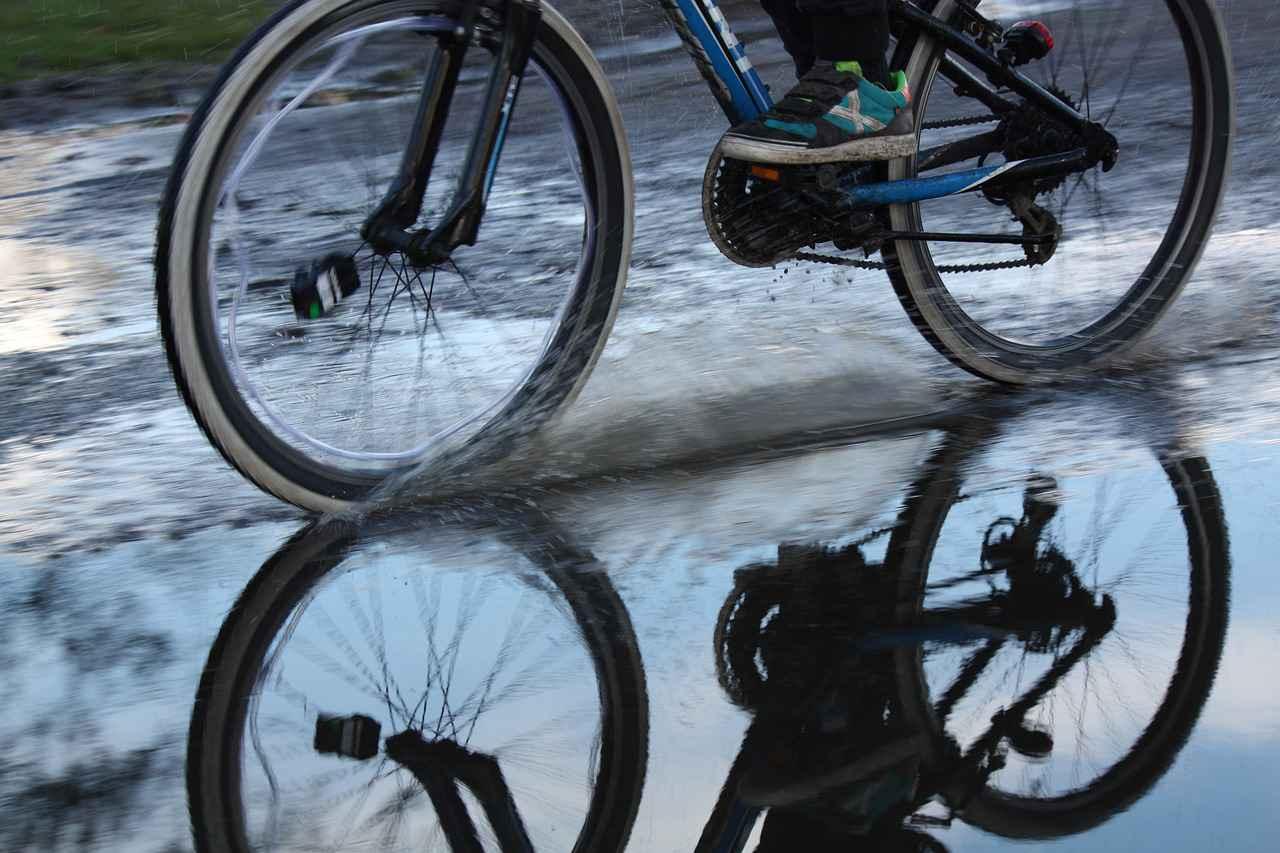 ロードバイクで雨の日に注意する点【対策方法も紹介】