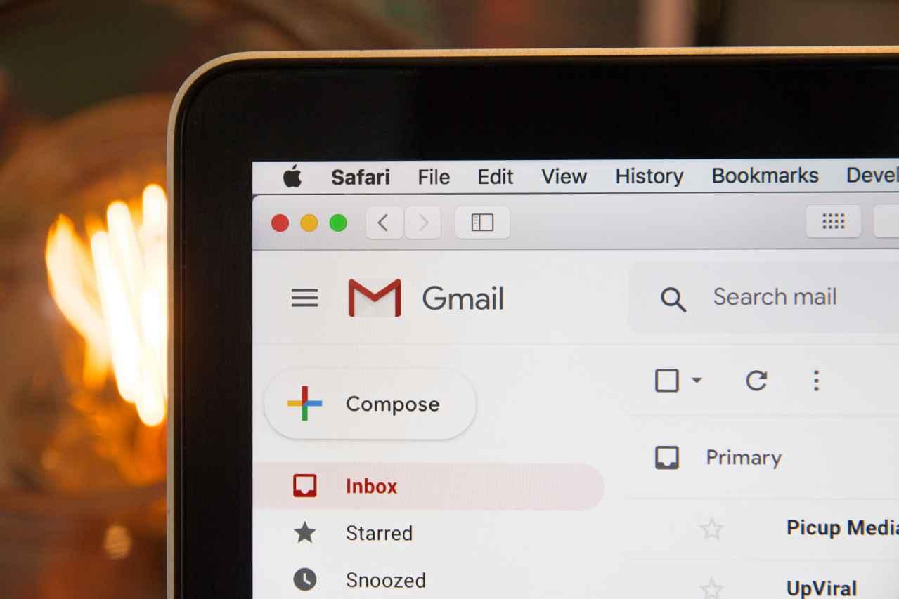 メールの返信が早いと仕事ができるは本当か?【嘘です】