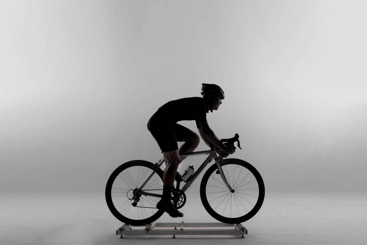 1:ロードバイクのおすすめローラー台【3選】