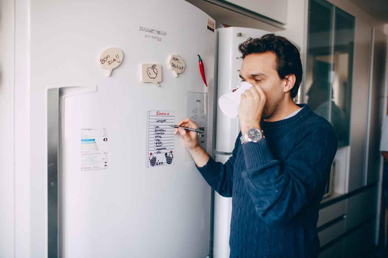 一人暮らしに最適な冷蔵庫の選び方【用途別で選ぼう】