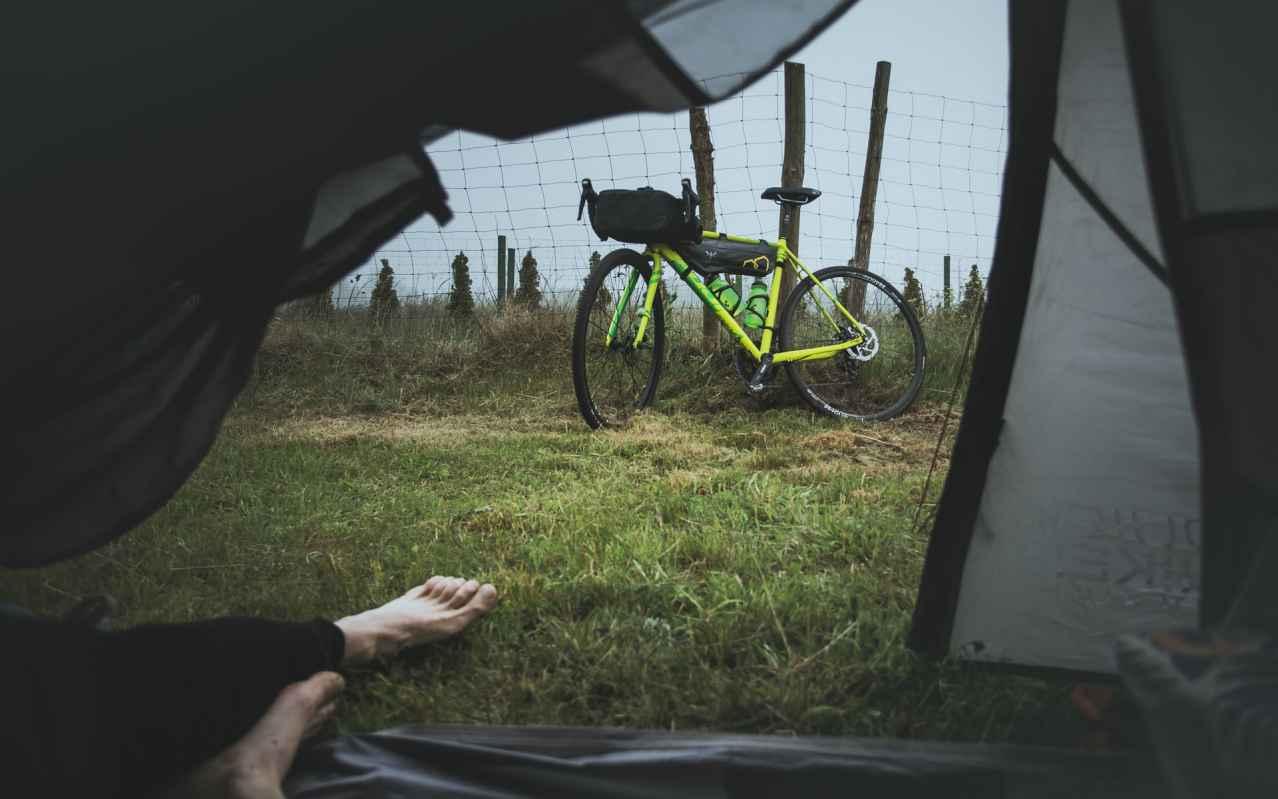 ロードバイクでキャンプをするのは辞めるべき【楽しめません】