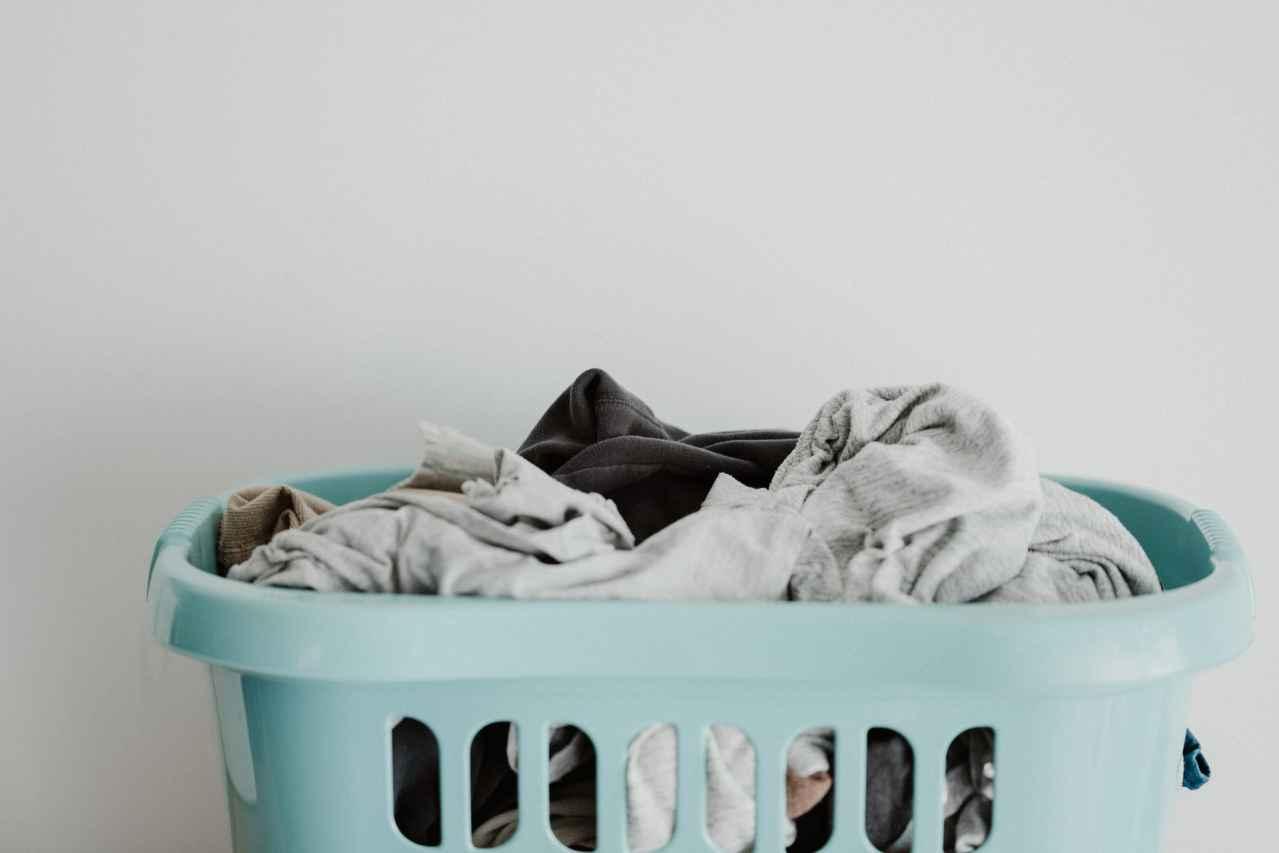 一人暮らしの部屋干しのデメリットを解消する方法【ほぼ1択です】