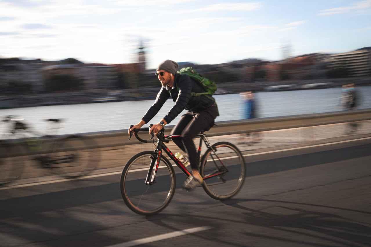 1:通勤にロードバイクを使うのはあり?【あり】