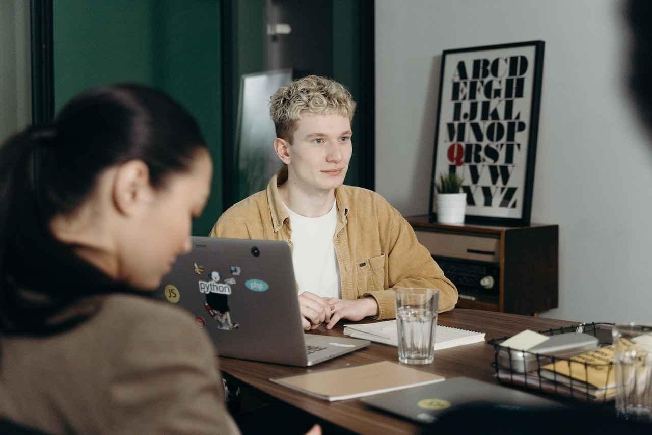 1:職場にいる性格が悪い人の対処方法