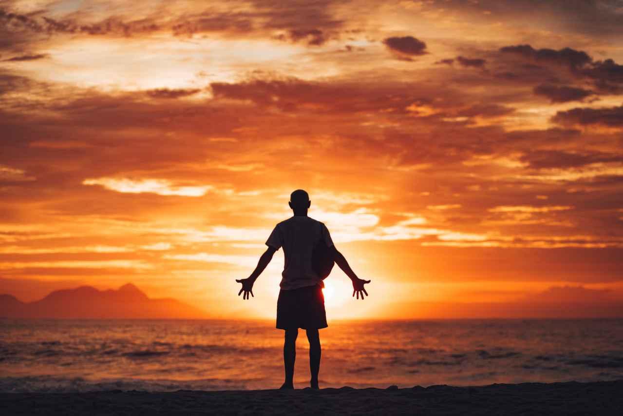 収入が少なくても幸せな生活ができる【幸福感を上げる方法も紹介】